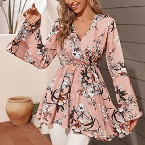 Chic and Elegant Floral Print Top